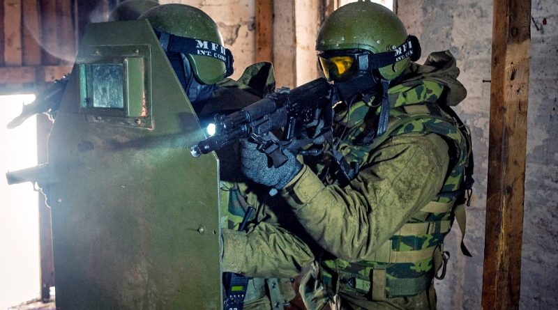 Силовики терроризируют родственников, напавших на храм в Грозном