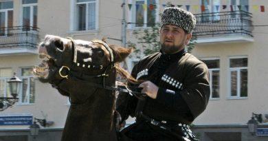 Кадыров объявил о всеобщей конной мобилизации