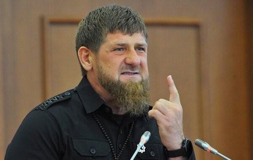У чеченских артистов появился «отец, власть и закон»